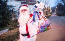 Deda-Mraz-sa-paketićima