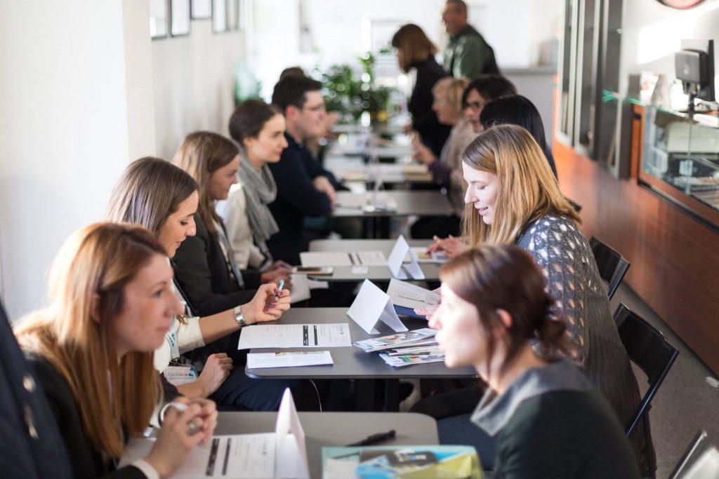 Brzi sastanci: predstavnici kompanija i socijalnih preduzeća