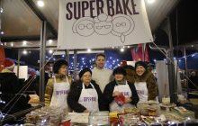 Belgrade 22.12.2017. Nocni supermarket na Bajloni pijaci, bajloni, buvljak, SUper bake spremaju kolace. RAS foto milos petrovic